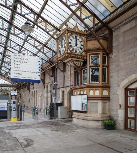 RailwayStation_Platform5_clock_side_wide_MB